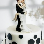 weddingCakeCouple